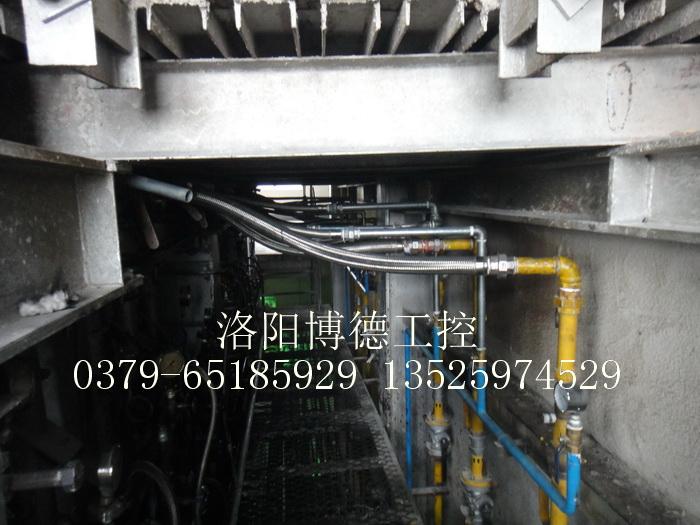 全集成PFS控制法、温度直接控制型(DTC)天燃气玻璃窑炉控制系统投入运行