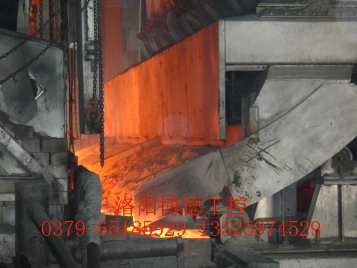 玻璃窑炉斜毯式投料机