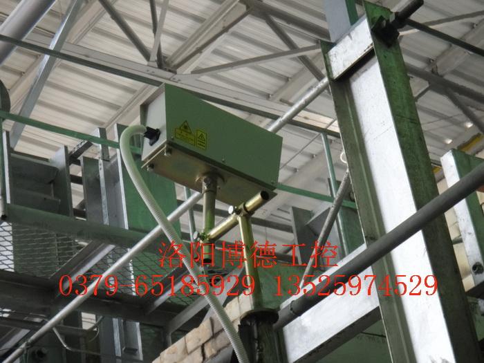 玻璃窑炉液位激光测量计
